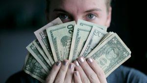 Acheter du dollar - Investisseur Malin